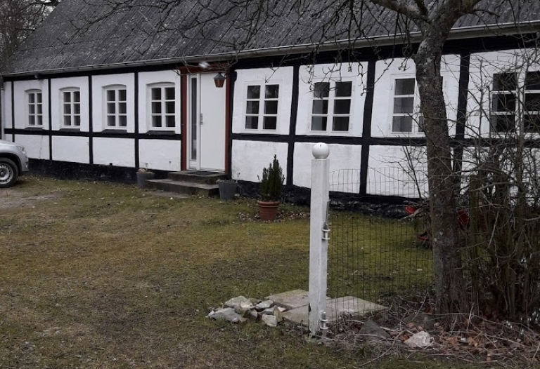 Roligt beliggende ejendom i skoven tæt på Næstved