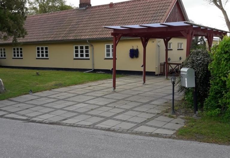 Charmerende ejendom til leje i Vejlø landsby